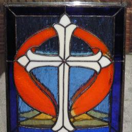 vitráž kříž